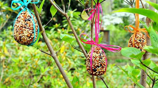 7.-Easter-Egg-Birdseed-Ornaments_Three-in-a-Row